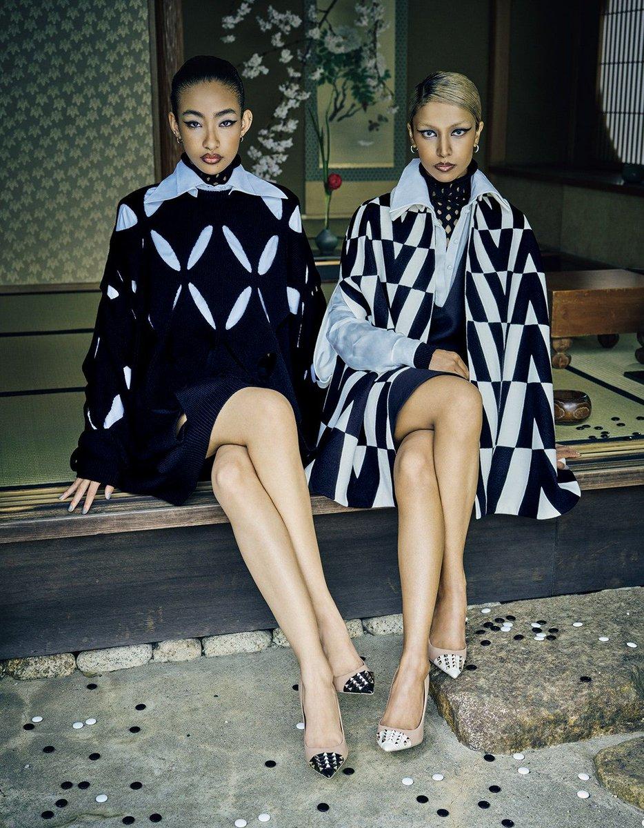 【ファッション】「VOGUE JAPAN」2人のモデルが廊下でハイヒール、碁石をばら撒く写真が物議「文化を冒涜してる」「無作法」の声  [muffin★]