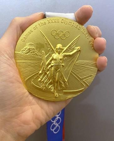 【悲報】金メダルの表面剥がれる タイ五輪選手、交換訴え  [oops★]
